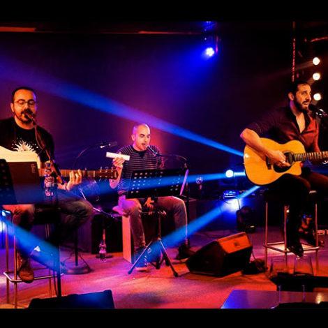 Talkin' Back Acoustic Trio
