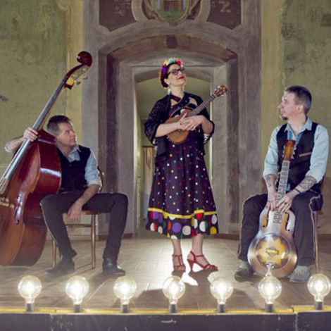 Veronica and the Red Wine Serenaders